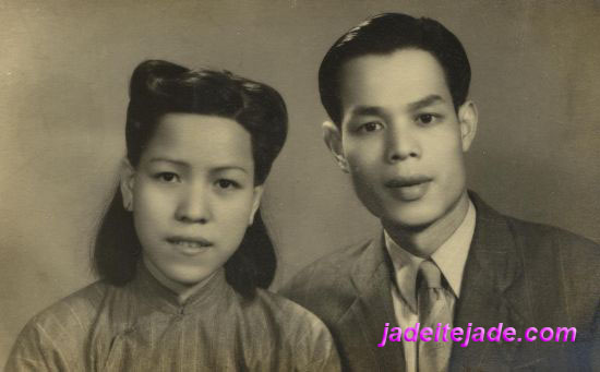 My father and mother, Pix taken in Guangzhou, circa 1952.